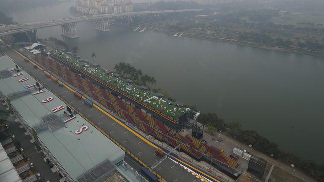 Titik Kongko Sebelum Menyaksikan F1 Singapura