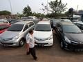 Dishub Jakarta Sebut GrabCar dan Uber Bandel