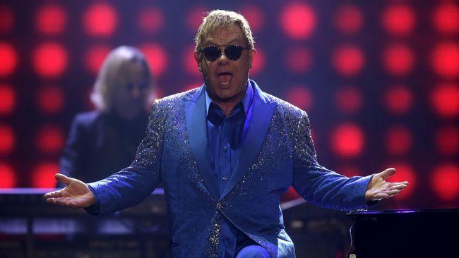 Elton John Mulai Tur Perpisahan 'Farewell Yellow Brick Road'