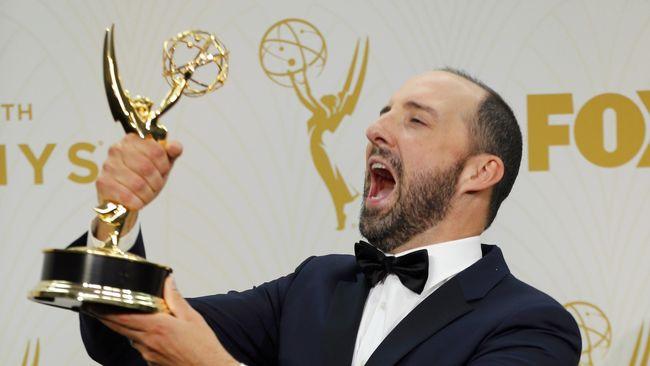 Selebriti pun Menanti Makanan dan Minuman Gratis Emmy
