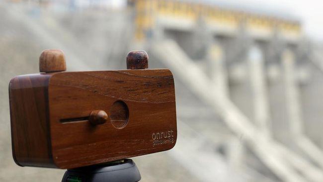 Onrust Pinhole Rilis Kamera Kayu Jati Generasi Kedua