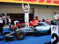 Hamilton Juara GP Rusia, Rosberg Gagal Finis