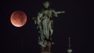 Pengamatan Super Blood Wolf Moon Paling Jelas di Dunia