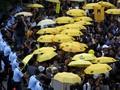 Setahun Protes, Ratusan Aktivis Gerakan Payung Turun ke Jalan