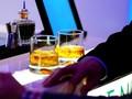 Minuman Alkohol Berkolagen Janjikan Kulit Tampak Lebih Muda