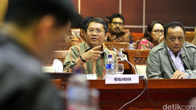 Terlalu Fokus di Infrastruktur, DPR Kritik Menkominfo