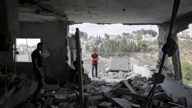 Israel Hancurkan Rumah Warga Palestina Penyerang Warganya