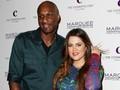 Khloe Kardashian Tunda Rilis Buku Demi Lamar Odom