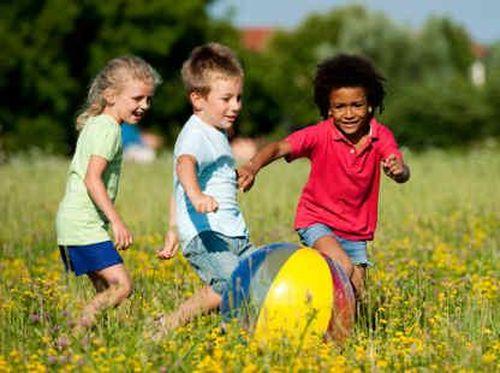 Muncul Bisul pada Anak, Apa Akibat Sering Bermain di Sawah?