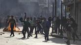 India Bergolak Akibat Bentrok Militan Kashmir