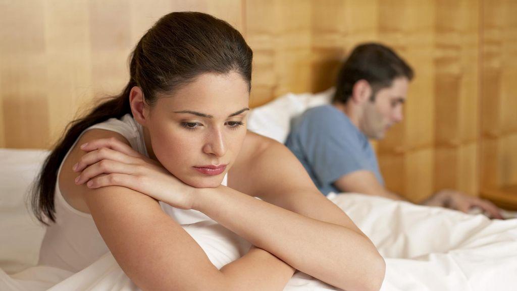 10 Hal yang Terjadi Pada Tubuh Saat Pasutri Berhenti Bercinta