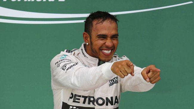 Hamilton pada Vettel: Anda yang Membosankan