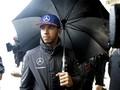 Lewis Hamilton Terlibat Kecelakaan Mobil di Monaco
