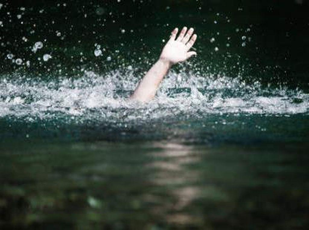 Yoga dan Menyanyi Selamatkan Wanita Ini Setelah 10 Jam Terdampar di Laut