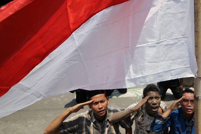 Keminggris 'Anak Jaksel' dan Ikrar Bahasa yang Terlupakan