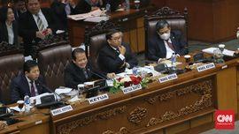 PDIP: Penggunaan Masker di Paripurna Produk Gagal Pikir