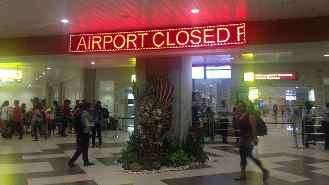 Terminal Domestik Bandara I Gusti Ngurah Rai Terbakar