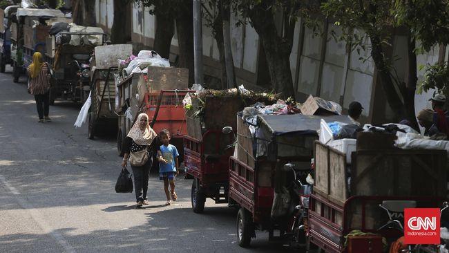 Wali Kota Bekasi Izinkan Truk Sampah Jakarta Kerja 24 Jam