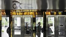 OJK Wajibkan Asuransi Lapor Kinerja Keuangan Tiap Bulan