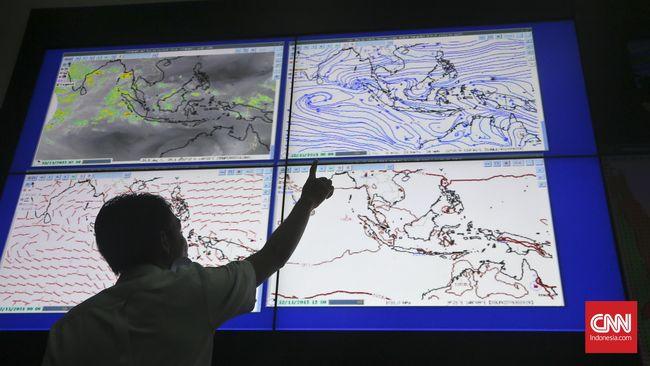 BMKG: Hujan Turun di Jakarta Sepanjang Selasa