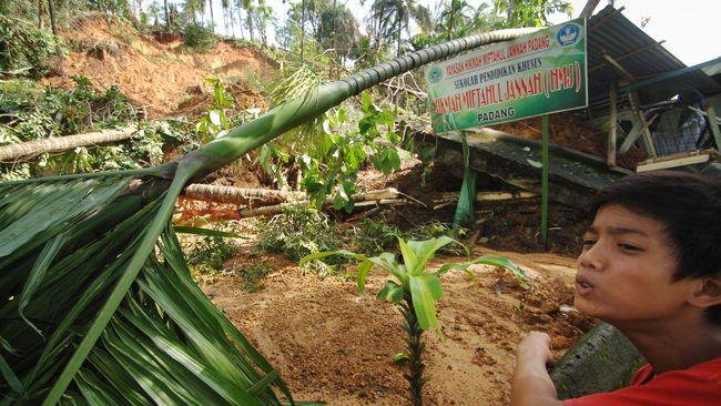 Pemerintah Siapkan Rp150 Miliar untuk Banjir dan Longsor