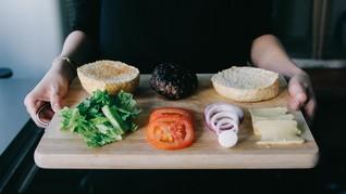 'Creator' Kenalkan Robot Canggih Pembuat Burger