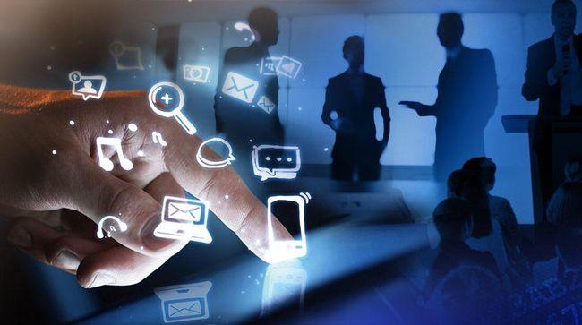 LBH Jakarta Buka Pos Pengaduan Peminjam Aplikasi Fintech