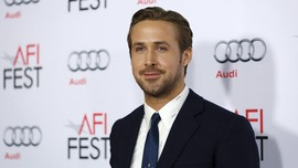 Ryan Gosling-Eva Mendes Punya Anak Kembar Hasil Bayi Tabung