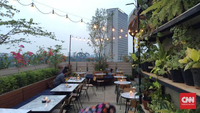 Rekomendasi 6 Rooftop Lounge untuk Malam Tahun Baru 2018