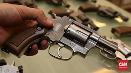 Dokter Penembak Istri Beli Dua Senjata Api Rp45 Juta