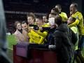 Ibrahimovic Pensiunkan Denmark dalam Jepretan Kamera