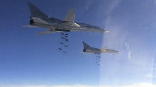 Pengamat: Serangan Udara Rusia Tewaskan 53 Warga Sipil Suriah