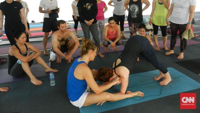 Yoga untuk Menyembuhkan Cedera Bahu dan Punggung