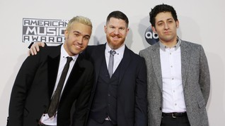 Fall Out Boy Akui Bereksperimen di Album Baru 'M A N I A'