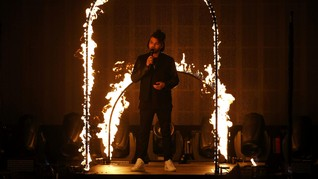 The Weeknd Disebut Segera Lamar Bella Hadid