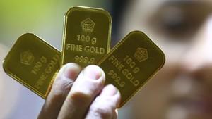 Harga Emas Antam Naik Rp1.000 per Gram Hari Ini