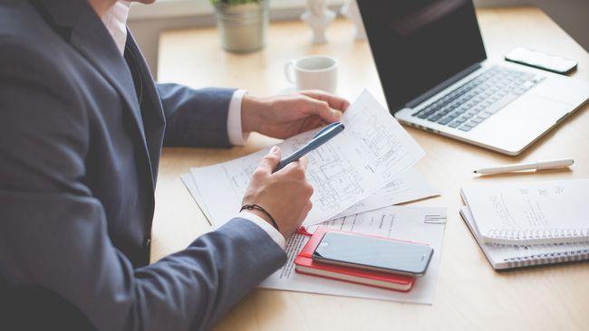 6 Peregangan Sederhana yang Bisa Dilakukan saat Bekerja