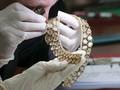 Koleksi Perhiasan Imelda Marcos Siap Dilelang