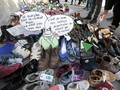Batal Gelar Demonstrasi, Aktivis Paris Kirim Ribuan Sepatu