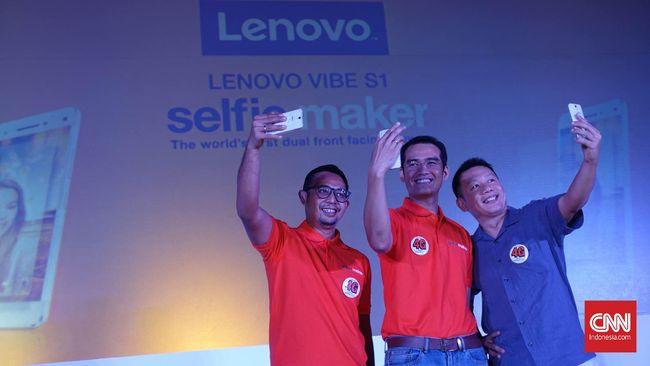 Riset: Pria di Atas 30 Tahun Lebih Doyan Selfie