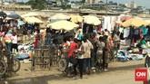 Kehidupan masyarakat Douala dan Yaounde adalah bertani dan berdagang. Mereka banyak berdagang di pasar-pasar tradisional, bertani aneka sayur, daging, pakaian dan buah-buahan. (Foto: CNN Indonesia/Christina Andika Setyanti)