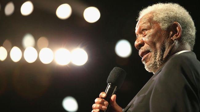 'Disopiri' Morgan Freeman ke Arah yang Benar