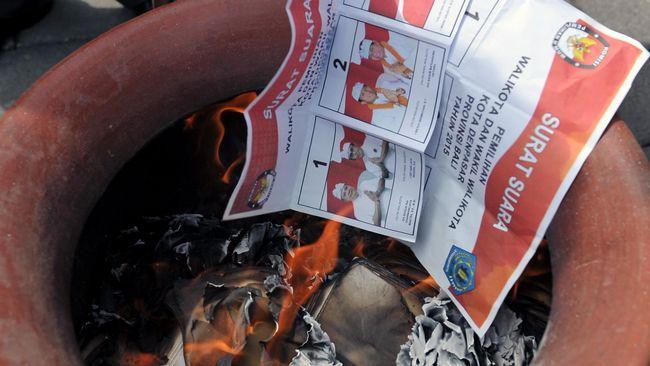 Seorang Pemilih Terpergok Mencoblos Dua Kali di Situbondo