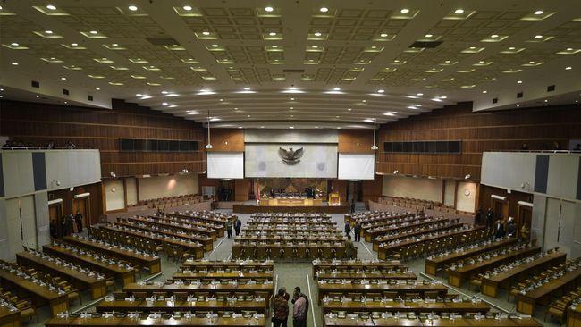 Baleg DPR: Omnibus Law Harus Sederhanakan 74 UU