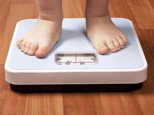 Berat Badan Anak di Bawah Rata-rata, Indikasi Terkena Penyakit?