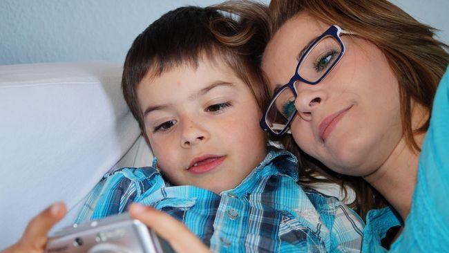 Yang Perlu Dilakukan Orang Tua saat Anak Main Tembak-tembakan