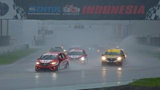 RIO SB Juarai Honda Jazz Speed Challenge di Sentul