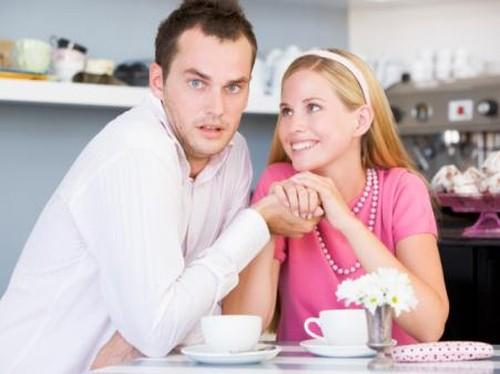 Kekasih Tunda Rencana Menikah karena Terganjal Kondisi Finansial