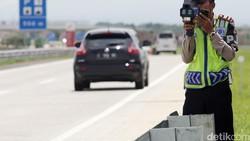 Awas! Tol Cipali Punya Speed Gun, Razia Buat yang Suka Kebut-kebutan