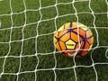 Pesepakbola Kamerun Gagal Penalti, Rumah Dilempari Batu